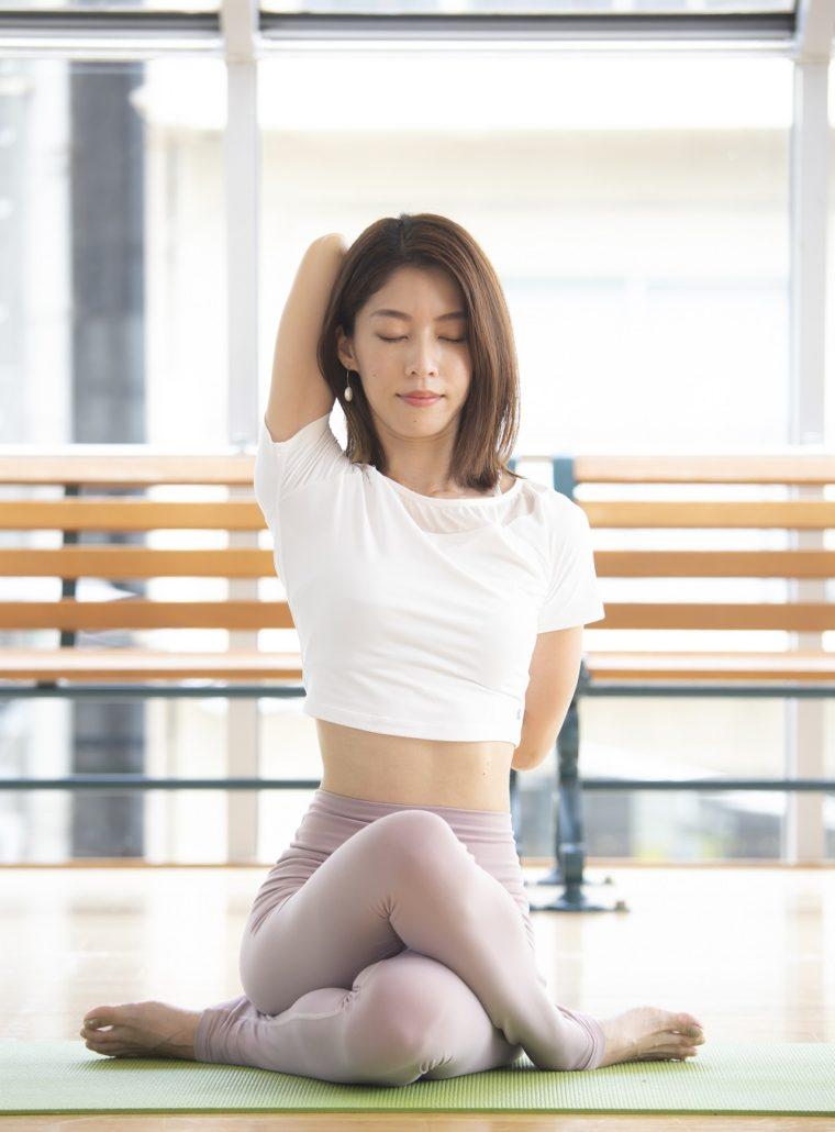 [Y38]an's yoga Ami